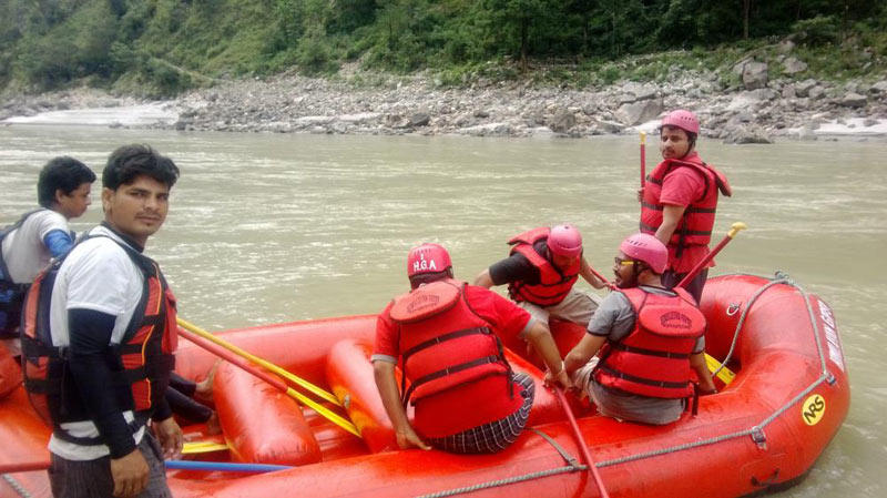 Rishikesh Rafting & Camping Adventure Package