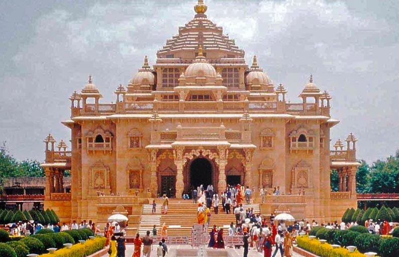 Best Group Temple Tour Package Of Somnath & Dwarka Temples Of Gujarat