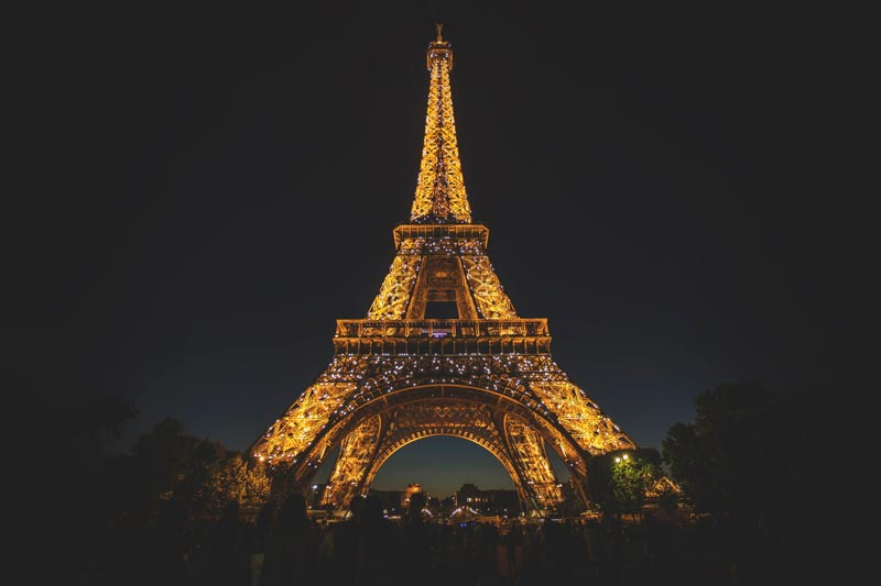London and Paris Tour Package...