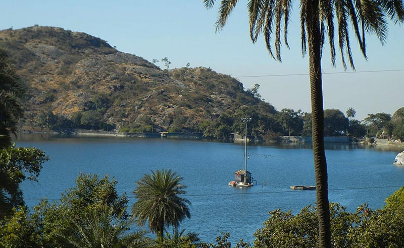 Romantic Mount Abu Tour Package