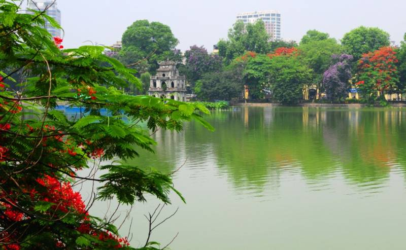 Vietnam & Cambodia Tour from Hanoi - Ha Long Bay - Saigon to Angkor Wat