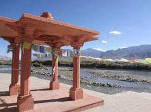 Leh-Ladakh-Nubra Valley-Pangong Lake Package  (7 Days / 6 Nights) Package