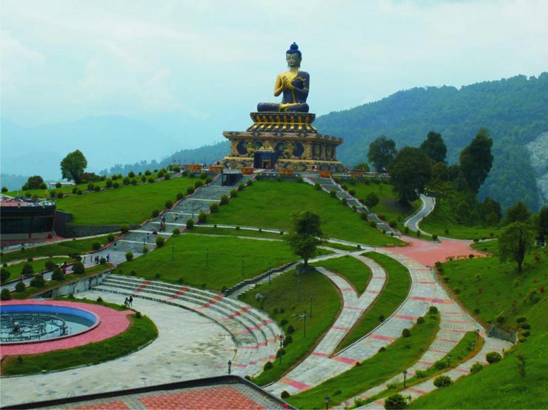 Darjeeling - Gangtok - Pelling - Lachung - Yumthang Valley 10 Days / 9 Nights Tour