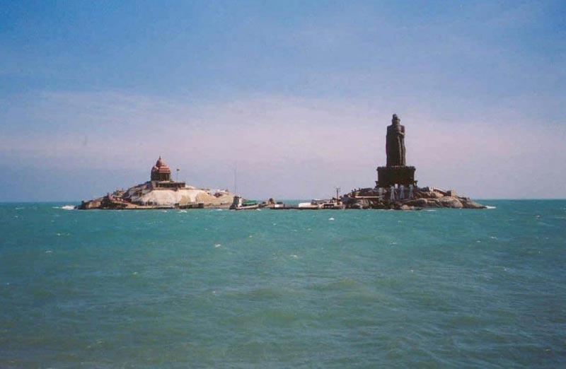 Munnar - Thekkady - Alleppey - Kovalam - Kanyakumari 7 D Tour