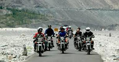 Discover Ladakh by Bike Package