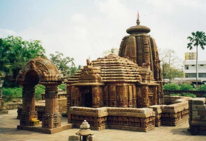 Odisha: Wildlife, Beach & Temple Trail Tour