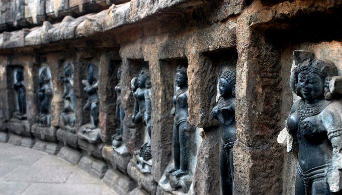 Temples, Biodiversity & Caves of Odisha Tour