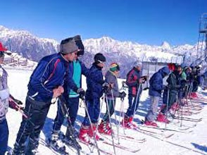 Snow Winter Trek At Auli Tour