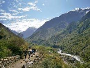 Bagni Glacier Trek Tour