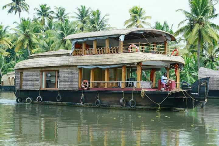 Kerala Honeymoon 05 Nights/06 Days Package