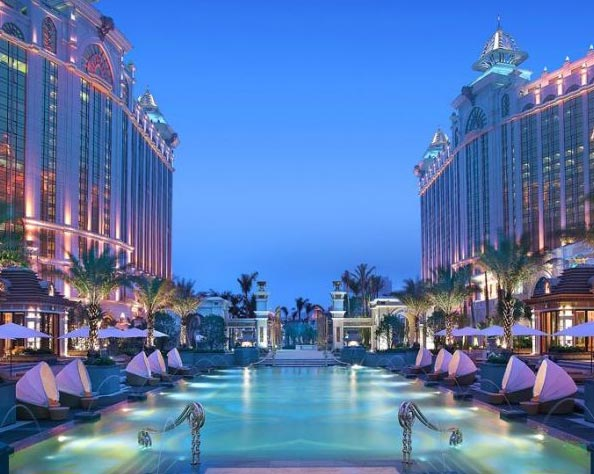 Romantic Getaway - Hong Kong & Macau Package