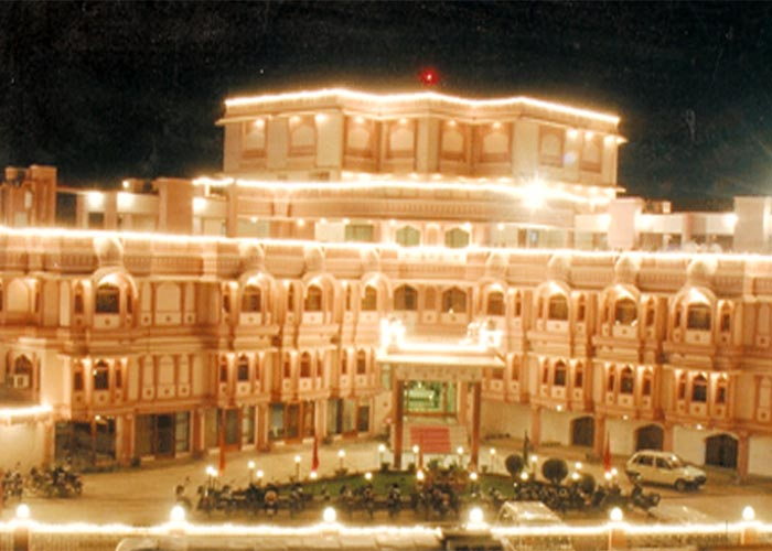 Bikaner tour with hotel Raj Vilas Palace
