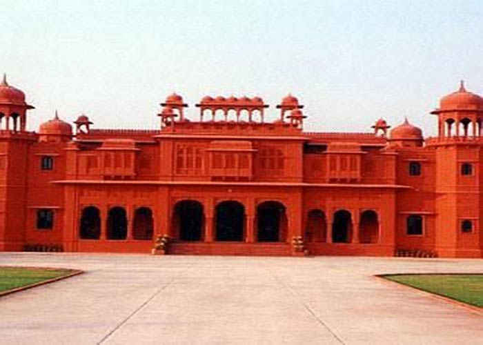 Bikaner sightseeing with Hotel Bhanwar Niwas