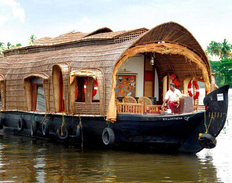 Kerala With House Boat 7N/8D Tour
