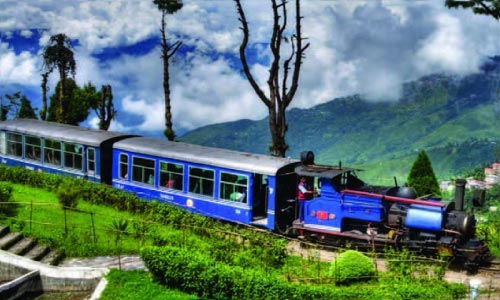 Gangtok - Lachung - Pelling - Darjeeling Tour