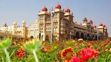 1 Bangalore, 2 Mysore, 2 Ooty, 2 Kodaikanal 7N 8D Tour