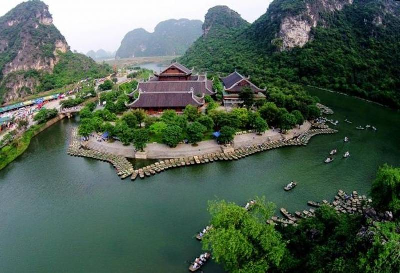 6 DAYS TOUR HANOI – NINH BINH - HALONG BAY