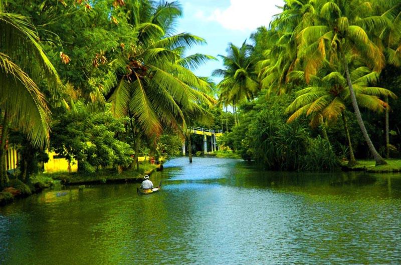Enchanted Kerala With Kanyakumari  8N & 9D Tour