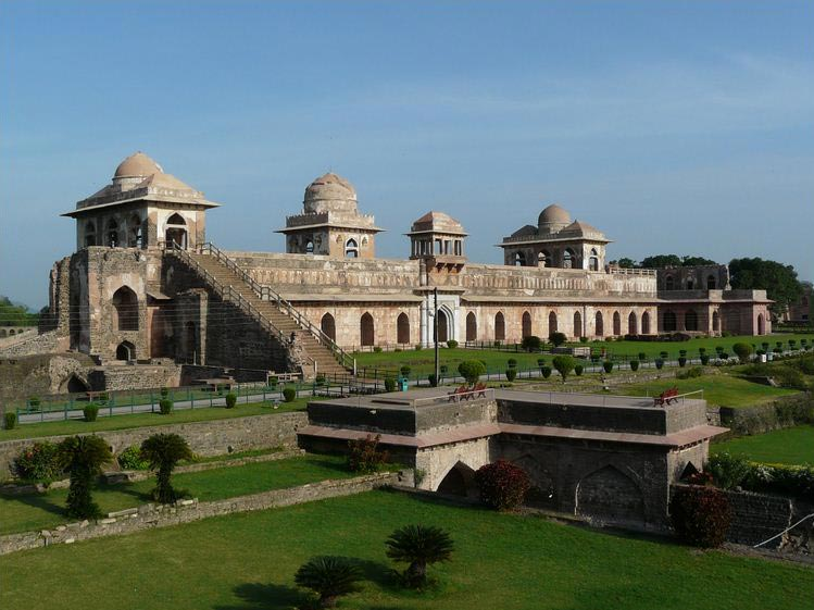 Mandu with Omkareshwar Tour