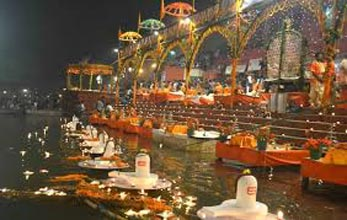 Short Escape to Varanasi Tour