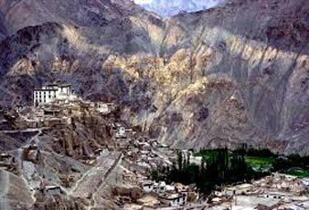 Srinagar- Kargil -Leh -Nubra- Pangong-Tsomoriri-Lamayuru-Srinagar- Tour Package (12 Nights / 13 Days