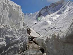 Srinagar -Leh-Nubra-Pangong-Leh-Srinagar Tour Package (07 Nights / 08 Days)