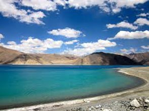 Leh –Khardung la- Pangong- Leh Tour Package (03 Nights / 04 Days)