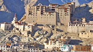 Srinagar Ladakh Tour Package 10 Days June – October Month