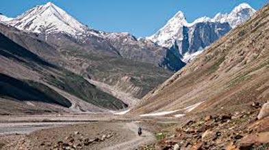 Hampta Pass Trek Tour
