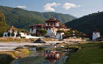 Gangtey Trek – Bhutan Tour