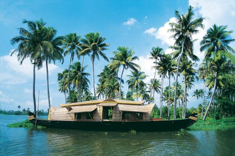 Mesmerizing Kerala  7 Days Tour