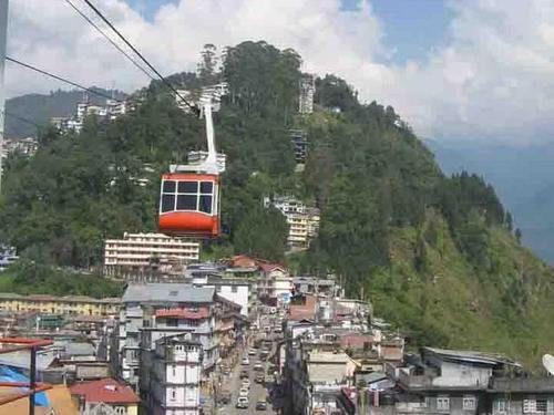 Exploredarjeeling with Gangtok