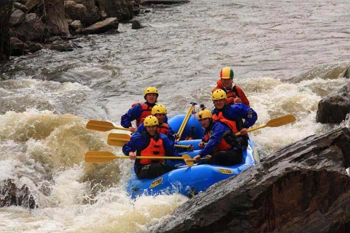 Rafting Package 1N 2D