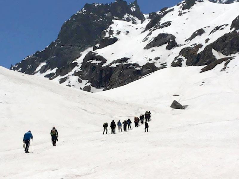 Snowy Treck - Adventure Tour