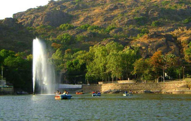 Rajasthan 8 Days Tour For Couple & Family