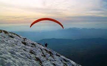 Paragliding in Bir Billing Tour