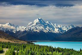Lush forest & volcano walking – old world elegance – harbour & lake cruising – award winning T