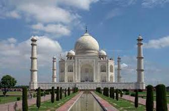 Classic Taj Mahal Tour.