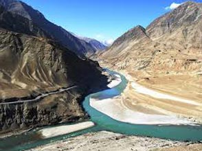 Essence of Kashmir & Ladakh Tour