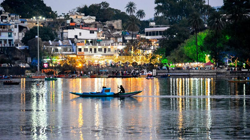 4 Nights / 5 Days Udaipur (2) – Mount Abu (2) Tour