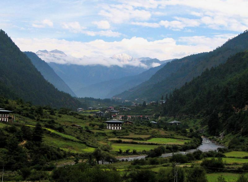 Fly In & Fly Out. (NHB- Thimphu – Wangdue / Punakha – Paro) (4 Nights / 5 Days) Tour