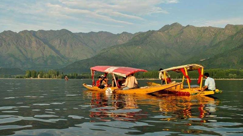 Idyllic Kashmir & Vaishnodevi Tour