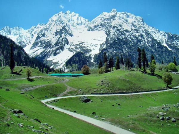Srinagar – Gulmarg – Pahalgam - Sonamarg Tour 5 Nights / 6 Days Package