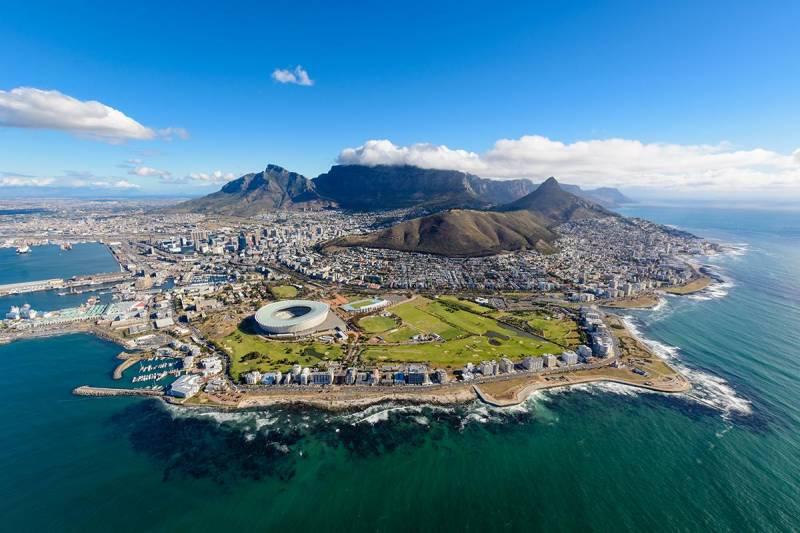 Johannesburg – Mabula Game Lodge - Sun City – Garden Route –  Cape Town Tour
