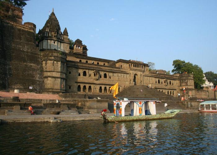 Mandu with Omkareshwara Tour