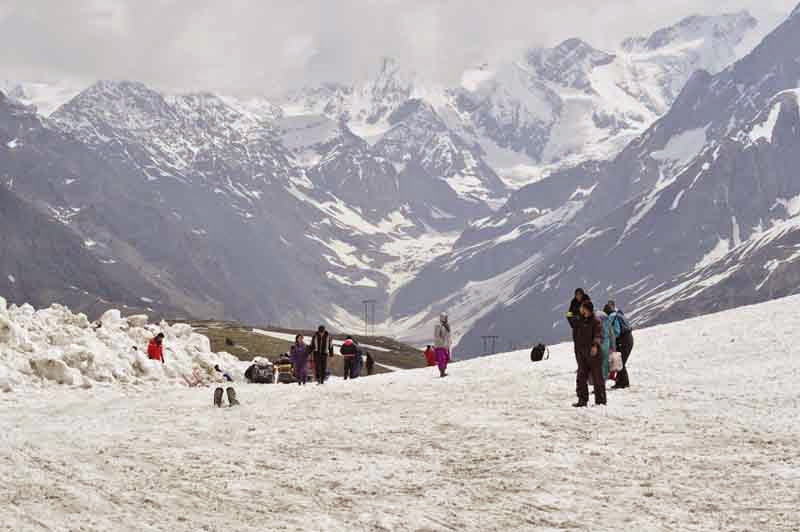 Shimla & Manali Honeymoon Package