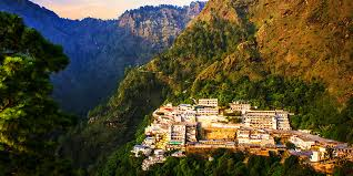 SRINAGAR WITH VAISHNODEVI TOURS