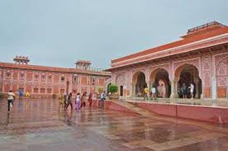 4N/5D Jaipur –Udaipur Tour