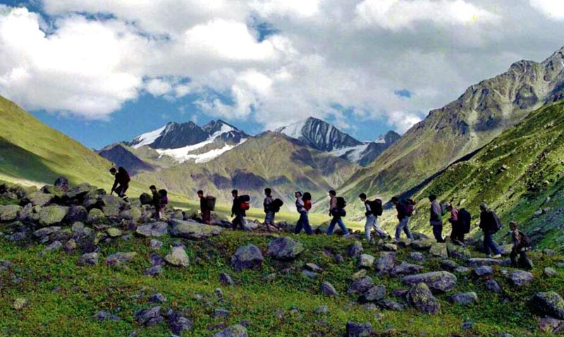Lamkhaga Pass Trek Tour