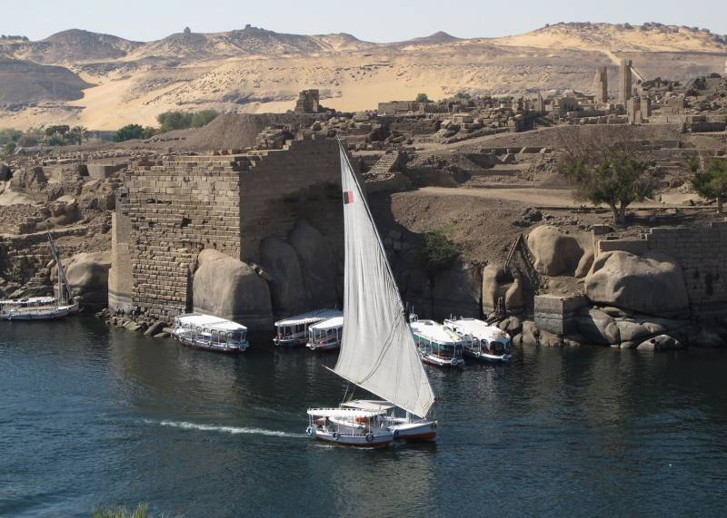 Honeymoon in Egypt (6n/7d) Luxury Package,  (cairo 3n/aswan 3n)